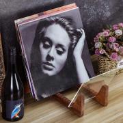 Vinila skaņuplašu paliktnis statīvs (tumšs koks, orgstikls) / Vinyl records stand